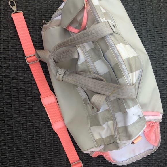 lululemon athletica Handbags - Lululemon Yoga Bag